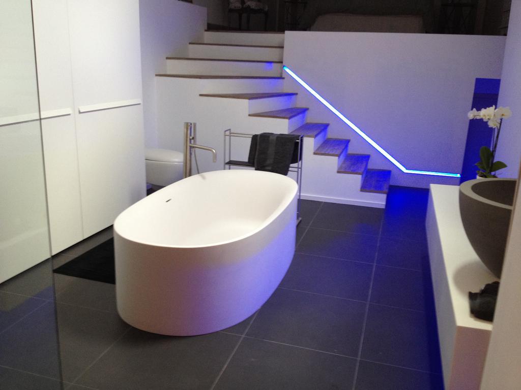 salle de bain douche. Black Bedroom Furniture Sets. Home Design Ideas
